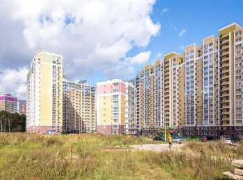 Вид на жилой комплекс Видный берег сбоку